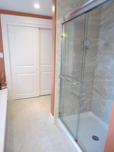 the shower with it's pretty, not-too-much-grout-for-Cute W tile