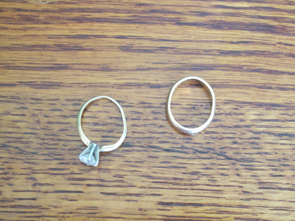 dont buy titanium or tungsten wedding bands