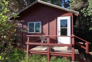 Rainbow exterior cabin